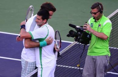 JMDP Djokovic 2013 IW SF net hug
